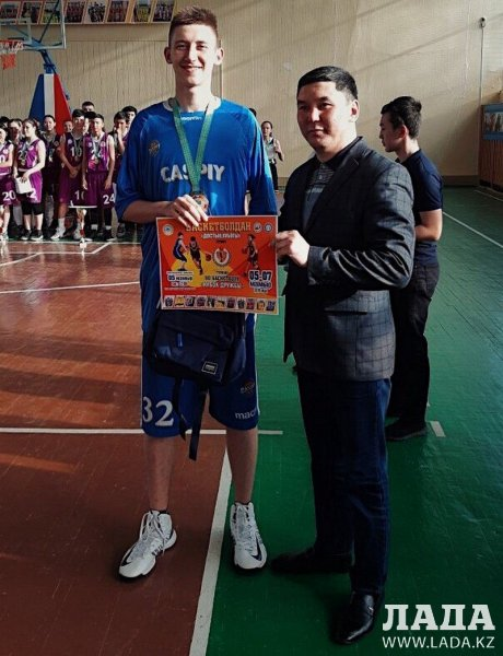 «Кубок Дружбы» принес актауским баскетболистам серебряную и бронзовую награды