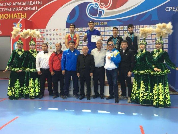 Боксер из Актау  Женис Нурас стал победителем чемпионата РК среди молодежи