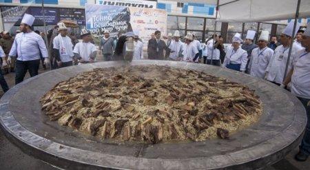 Кыргызский бешбармак попал в Книгу рекордов Гиннесса