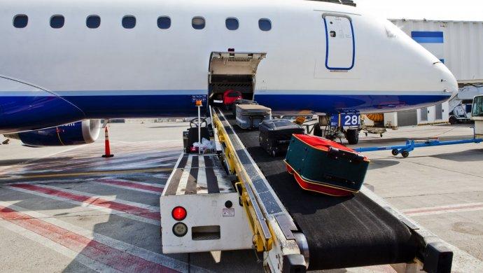 В Комитете гражданской авиации прокомментировали жалобы пассажиров на тарифы