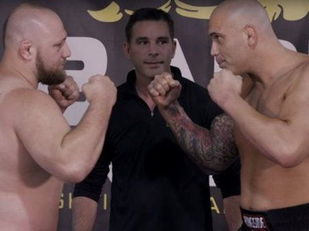 Бойцов MMA заставят драться без перчаток