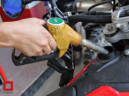 Риск дефицита есть – эксперт о возможном запрете на ввоз бензина из России