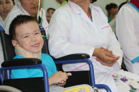 Благотворительная акция «Подари детям чудо»