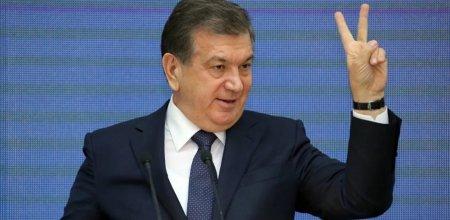 Хвалебные оды президенту запретили В Узбекистане