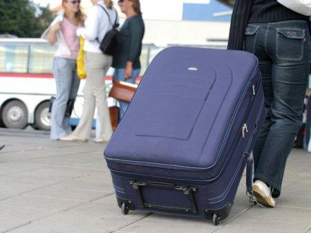 Уезжают безвозвратно: Казахстан покинуло более 9 тысяч человек за 4 месяца