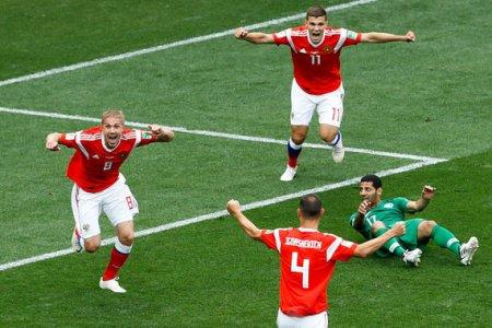 Сборная России уверенно победила в первом матче чемпионата мира