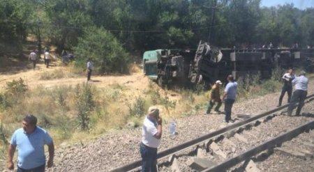 ЧП с поездом в Шу: Установлены личности погибшего подростка и пострадавших
