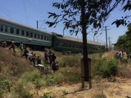 Крушение поезда на юге РК: каждому пострадавшему обещают до 480 тысяч тенге