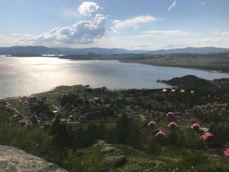 «Кселл» обеспечил  мобильным интернетом все базы отдыха на Бухтарминском водохранилище