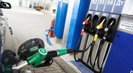 """Заговор """"бензиновых королей"""" на миллиарды тенге раскрыли налоговики"""