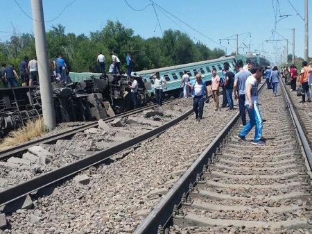 Крушение поезда на юге Казахстана: глава МИР РК назвал основную версию ЧП