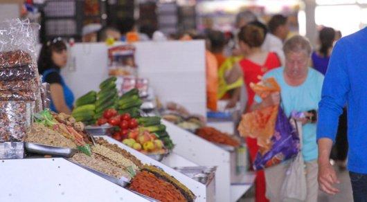Жара в Казахстане: опасные продукты с рынков назвали санврачи
