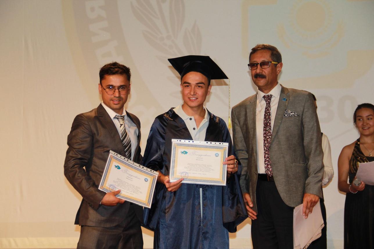 В Казахстане впервые подготовили врачей для Афганистана