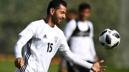 Спустил шанс в унитаз. Футболист Ирана не сыграл на ЧМ из-за похода в туалет