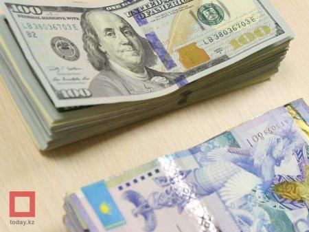 Курс доллара составил 343 тенге