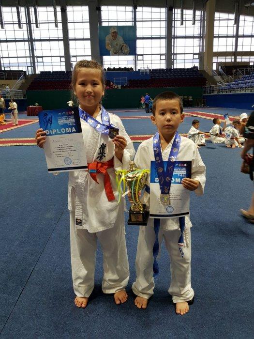 Cпортсмены из Мангистау завоевали девять медалей на международном турнире по карате-кекушинкай