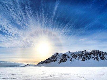 Озоновая дыра над Антарктидой полностью исчезла