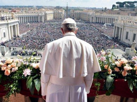 """Ватикан разрешил """"невестам Христа"""" не беречь свою невинность"""