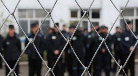 """""""Нас ожидают трудности"""" - правозащитник об освобождении 5 тысяч казахстанских заключенных"""