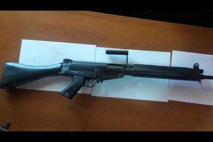 В арсенал полицейских подложили игрушечные ружья
