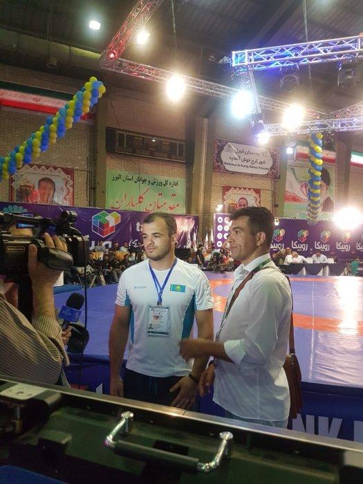 Эмиль Амирханов из Актау завоевал серебро на чемпионате Азии по вольной борьбе
