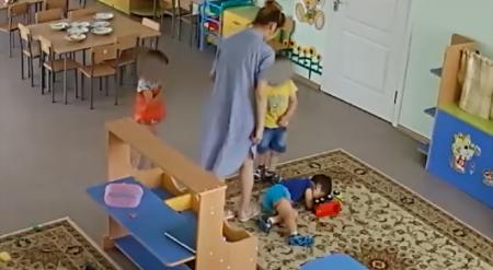 Избиение ребенка в детсаду попало на видео в Павлодарской области