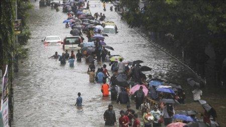 В Индии муссонные дожди унесли жизни 368 человек