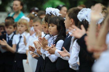 Дорогая школа: казахстанцы собирают детей к 1 сентября в рассрочку