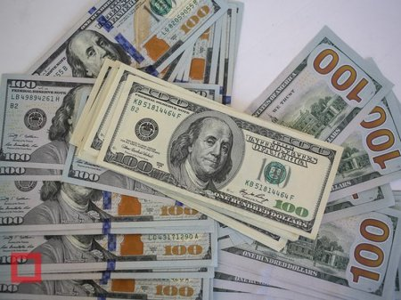 Курс доллара на KASE составил 365 тенге