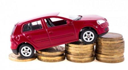 Цены на легковые автомобили резко подскочили в России