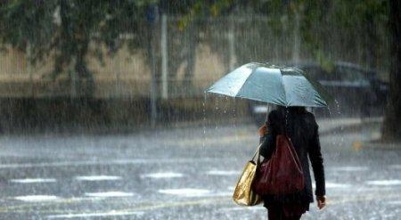 Дожди с грозами и снег ожидаются в Казахстане