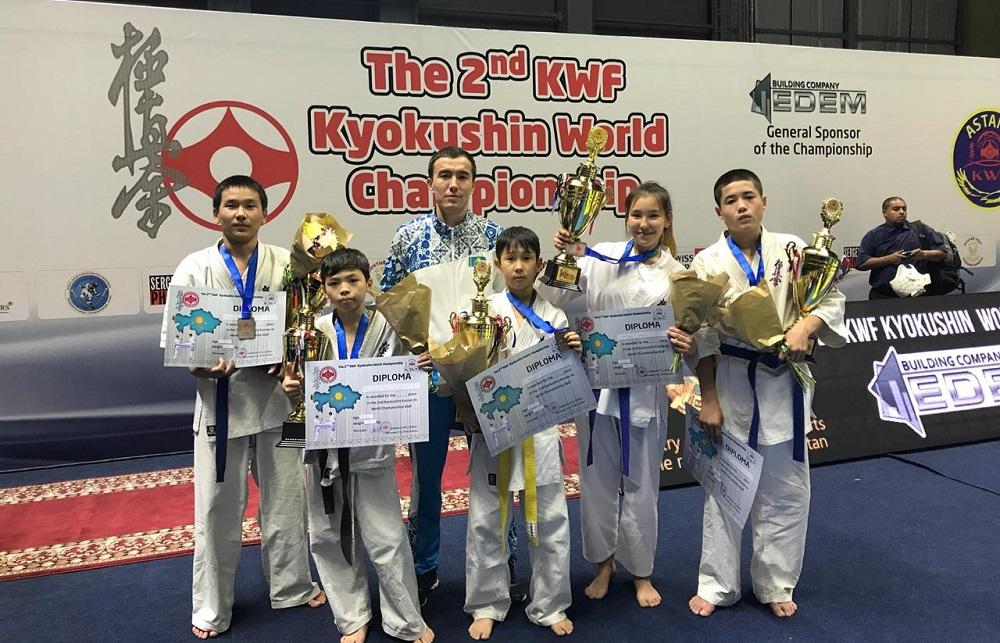 Мангистауские спортсмены заняли восемь призовых мест на чемпионате мира по карате-кекушинкай