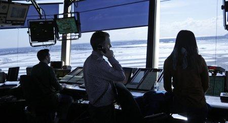 Взлетающий самолет сбил мужчину в России