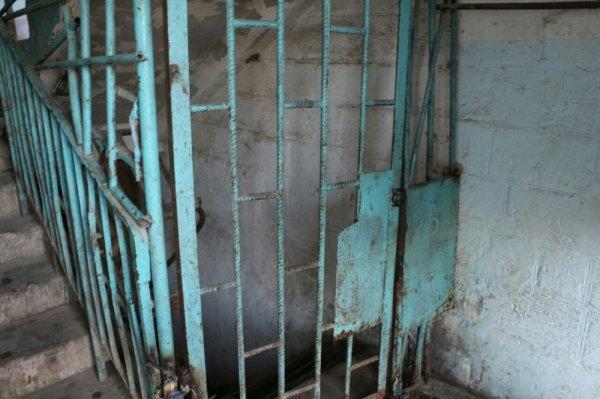 Украсть за пять минут: Кража 16 норковых шуб произошла в Актау