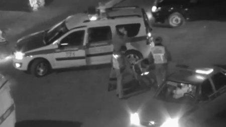 В Актау полицейские с помощью камеры видеонаблюдения задержали подозреваемого в изнасиловании девушки