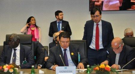Казахстан сократит добычу нефти на 30-40 тысяч баррелей в сутки