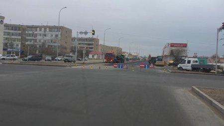 В Актау перекрыли дорогу в районе станции «Меловая»
