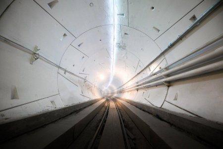 Илон Маск открыл скоростной подземный туннель под Лос-Анджелесом
