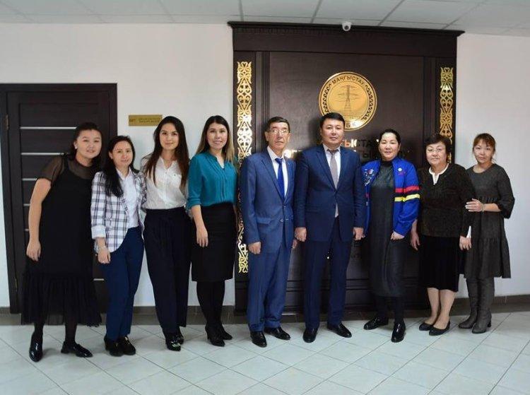 Работники АО «МРЭК» получили профессиональные награды ко Дню энергетика