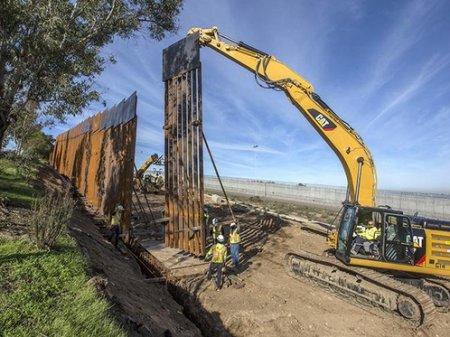 Фиаско стальной стены Трампа: во время испытаний ее распилили обычной пилой