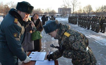 В Актау присягу приняли 200 новобранцев
