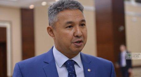 Перуашев предложил переименовать Казахстан