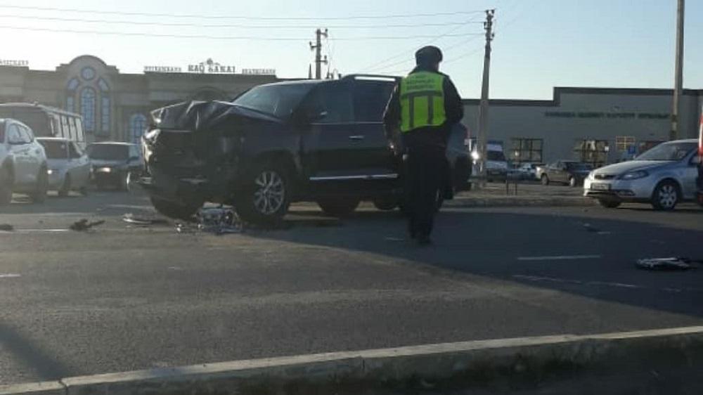 Авария с участием автомобиля из кортежа заместителя акима области произошла в Актау