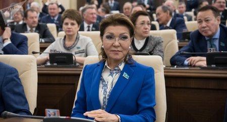 Журналистам закрыть рты невозможно - Назарбаева заступилась за СМИ