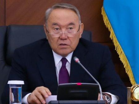 Не надо делать это топорно – Нурсултан Назарбаев о трехъязычии