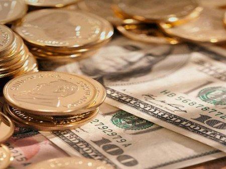 Курс доллара составил 378 тенге на KASE