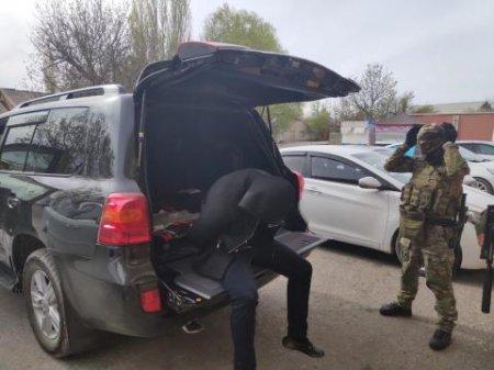 КНБ провел спецоперацию в Шымкенте: задержаны 6 членов ОПГ