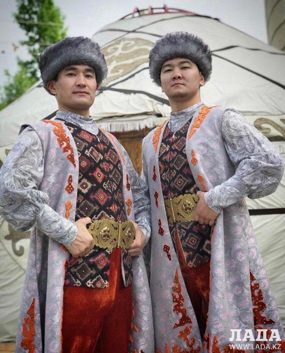 Ансамбль танца «Жорга» из Актау занял первое место на международном фестивале танцев