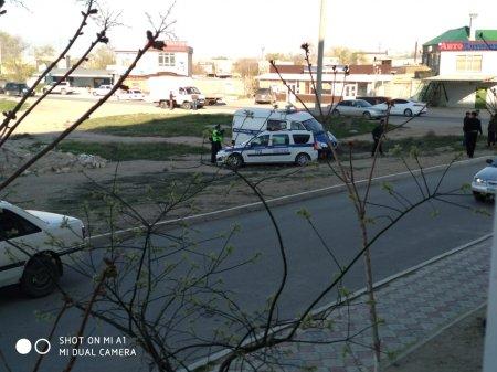 Фото ДТП с участием полицейской машины в Актау появились в Сети