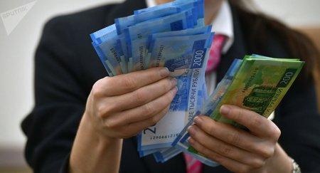 Как отразится на казахстанцах лимит на переводы денег из России?